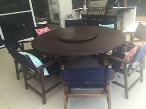 Quality hardwood 9 piece Outdoor Dinning Buderim Maroochydore Area Preview