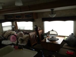 2014 40ft Premier Travel Trailer MUST SELL!