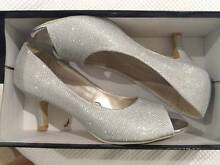 Silver Heels, Never Worn, Half Sale Price, Size 7.5 Pacific Pines Gold Coast City Preview
