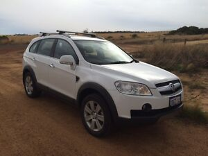 2010 Holden Captiva 7 seat auto with EXTENDED WARRANTY. Bicton Melville Area Preview