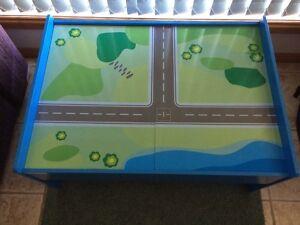 Play table Latrobe Latrobe Area Preview