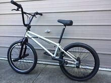 "Colony Apprentice 18.9""TT Silver Flatland BMX Bike Birmingham Gardens Newcastle Area Preview"