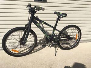 Boy bike Warnbro Rockingham Area Preview