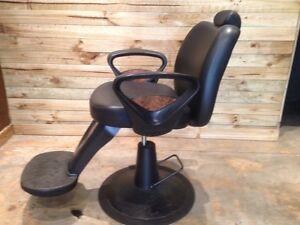 Barber chair East Ballina Ballina Area Preview