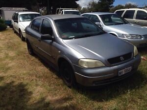 Holden Astra 2004 Hatchback 1.8l with BROKEN throttle body - 499$ - Cottesloe Cottesloe Area Preview