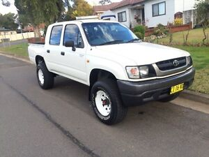 Toyota hilux 2004 4wd Bass Hill Bankstown Area Preview