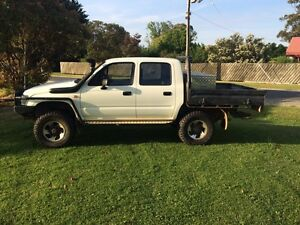 Hilux 4x4 dual cab Traralgon Latrobe Valley Preview
