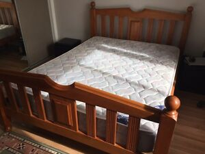 Queen Bed with Sleapmaker Cheropratic Support Mattress Westmead Parramatta Area Preview