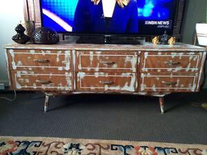 Lowline dresser/tv unit Cessnock Cessnock Area Preview