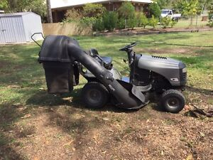 Craftsman Lawn Tractor Ride-on Mower Birkdale Redland Area Preview