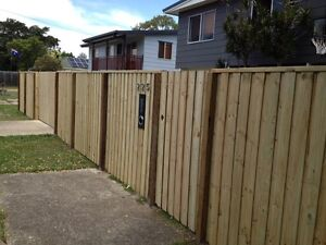 Fencing supply and install Birkdale Redland Area Preview