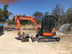 MINI EXCAVATOR HIRE RENTAL Bedford Bayswater Area Preview