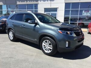 2014 Kia Sorento LX AWD. Heated seats.