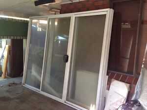 sliding door aluminium fulham gardens charles sturt area preview