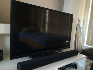 """SONIQ """"40INCH HD LED TV WITH SOUND BAR St Albans Brimbank Area Preview"""