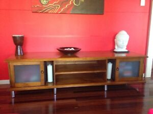TV cabinet beautiful condition Banyo Brisbane North East Preview