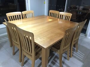 Tasmanian oak dining table & chairs Leppington Camden Area Preview
