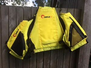 Life jacket Highton Geelong City Preview