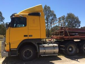 Volvo fh12 and trailer $25000 for both negotiable urgent Warnbro Rockingham Area Preview