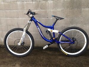 Kona Operator 2011 DH bike (med) + upgrades Northbridge Willoughby Area Preview