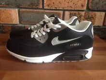 Mens Nike Air Max as new Shellharbour Shellharbour Area Preview