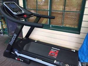 Reebok ZR14 Treadmill - almost new Waitara Hornsby Area Preview