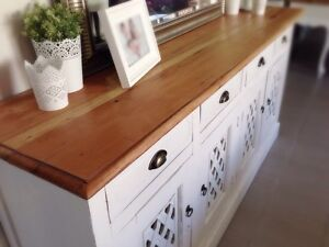 Gorgeous Rustic Hamptons Style Buffet / TV Entertainment Unit Mooloolaba Maroochydore Area Preview