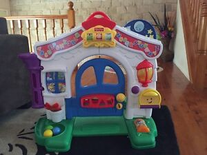 Fisher price laugh and learn home kids toy Browns Plains Logan Area Preview