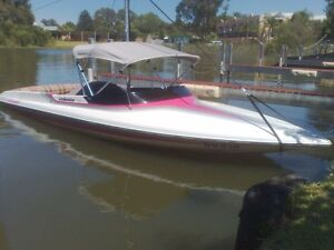 CAMERO - VOLANTE Ski Boat Narre Warren South Casey Area Preview