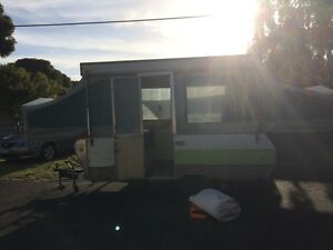 Jayco Dove 80's model pop top Carrum Downs Frankston Area Preview