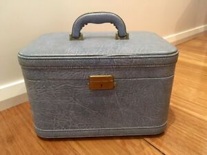 Vintage makeup case Elermore Vale Newcastle Area Preview