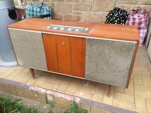 Record player Glenelg East Holdfast Bay Preview