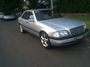 Mercedes c200 low ks Beacon Hill Manly Area Preview