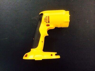 - 620716-01 DeWalt Cordless 14v Hammer Drill-driver DW985, DC985 CLAM SHELL