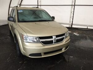 2010 Dodge Journey SE 7 PASSENGER SEATING, REAR HEAT AND AIR...