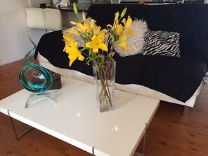 """2 1/2 seater """"sofas r us"""" lounge . FREE* Phillip Bay Eastern Suburbs Preview"""