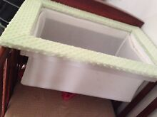 Bassinet Austins Ferry Glenorchy Area Preview