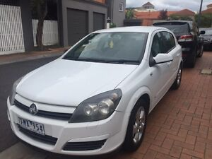 Holden Astra cdx 2005 automatic price non neg please don't ask. Port Melbourne Port Phillip Preview