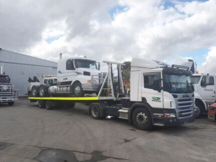 Truck and Machinery Tilt Tray Service