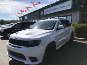 2017 Jeep Grand Cherokee SRT 4X4/LOADED/NAV/BACKUP CAMERA/ALL...