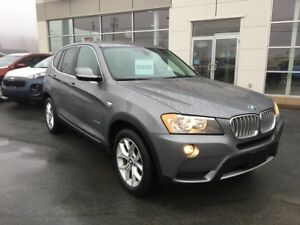 2014 BMW X3 xDrive28i Like new. Low kms.