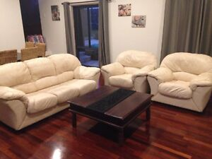 3 + 1+1 white leather lounge suite. Duncraig Joondalup Area Preview