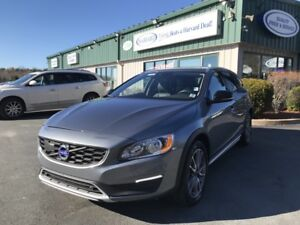 2016 Volvo V60 Cross Country T5 Premier AWD/NAV READY/LEATHER...