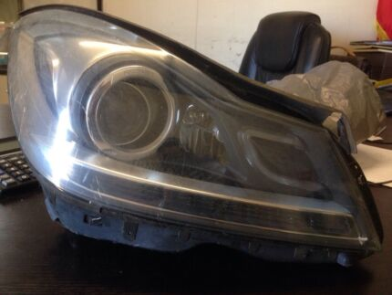 Mercedes Benz C class coupe headlight Seven Hills Blacktown Area Preview