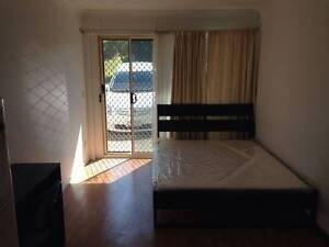 Granny Flat for rent in Great location Close to Pineland Shopping Sunnybank Hills Brisbane South West Preview