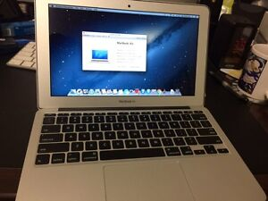 (Mid-2012) MacBook Air 11', Sierra Os  (excellent working condition) Para Hills West Salisbury Area Preview