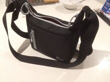 Lowepro slimline 100 (holds mirrorless camera + 1 lens & Acc) Cranbourne East Casey Area Preview