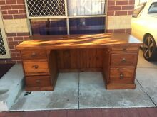 Big desk needs loving home Mandurah Mandurah Area Preview