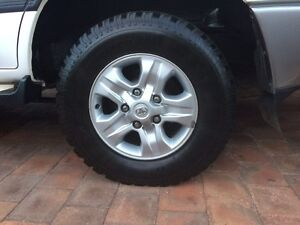 """17"""" Toyota genuine alloy mags x5 Valley View Salisbury Area Preview"""