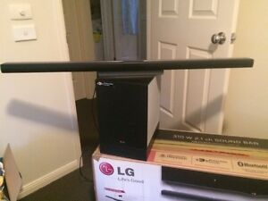 LG sound bar 310w 2.1 ch, excellent condition Sydenham Brimbank Area Preview